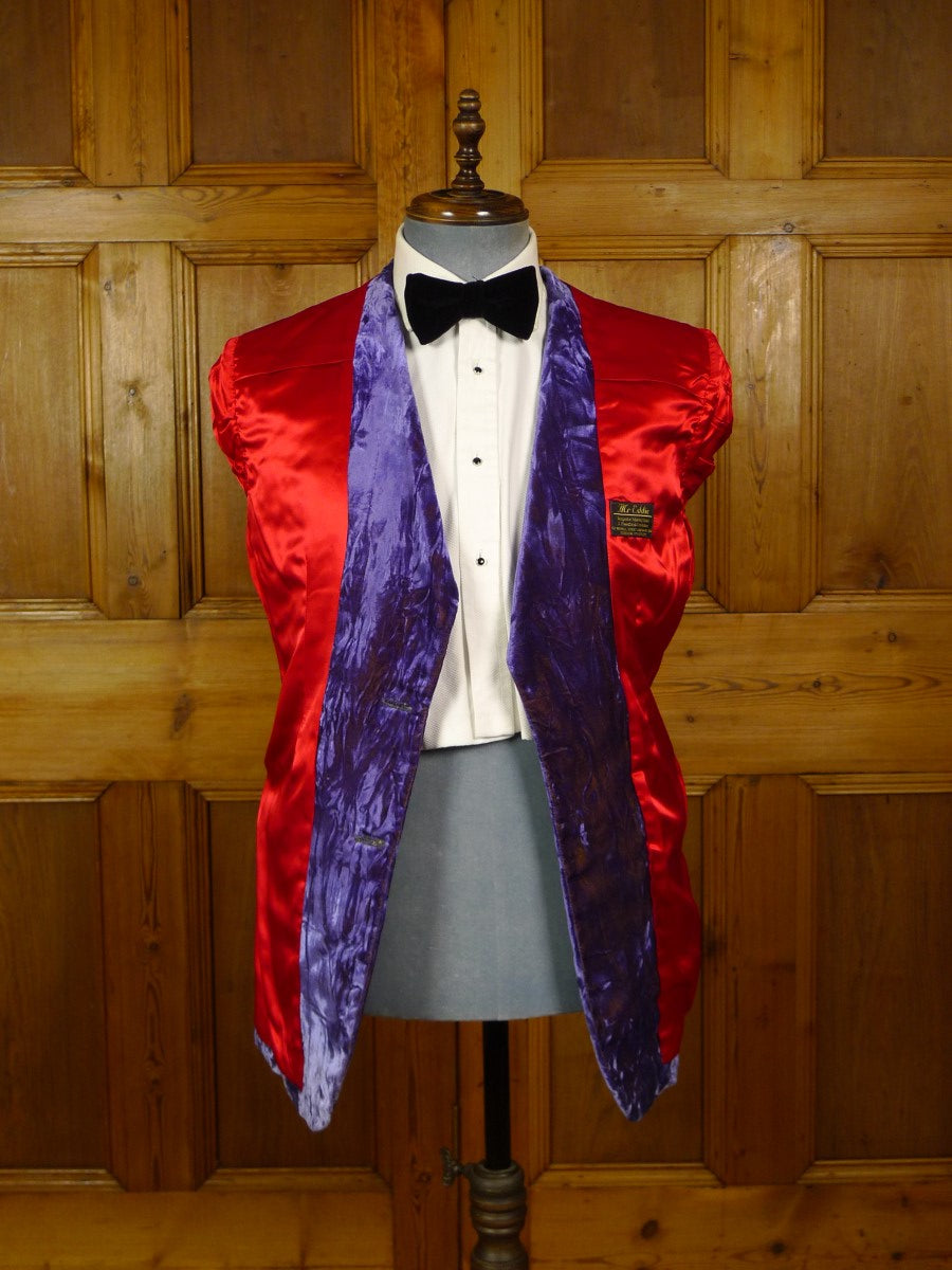 20/0867 stunning mr eddie soho london bespoke lilac crushed velvet dinner / smoking jacket w/ scarlet red linings 37-38 short to regular