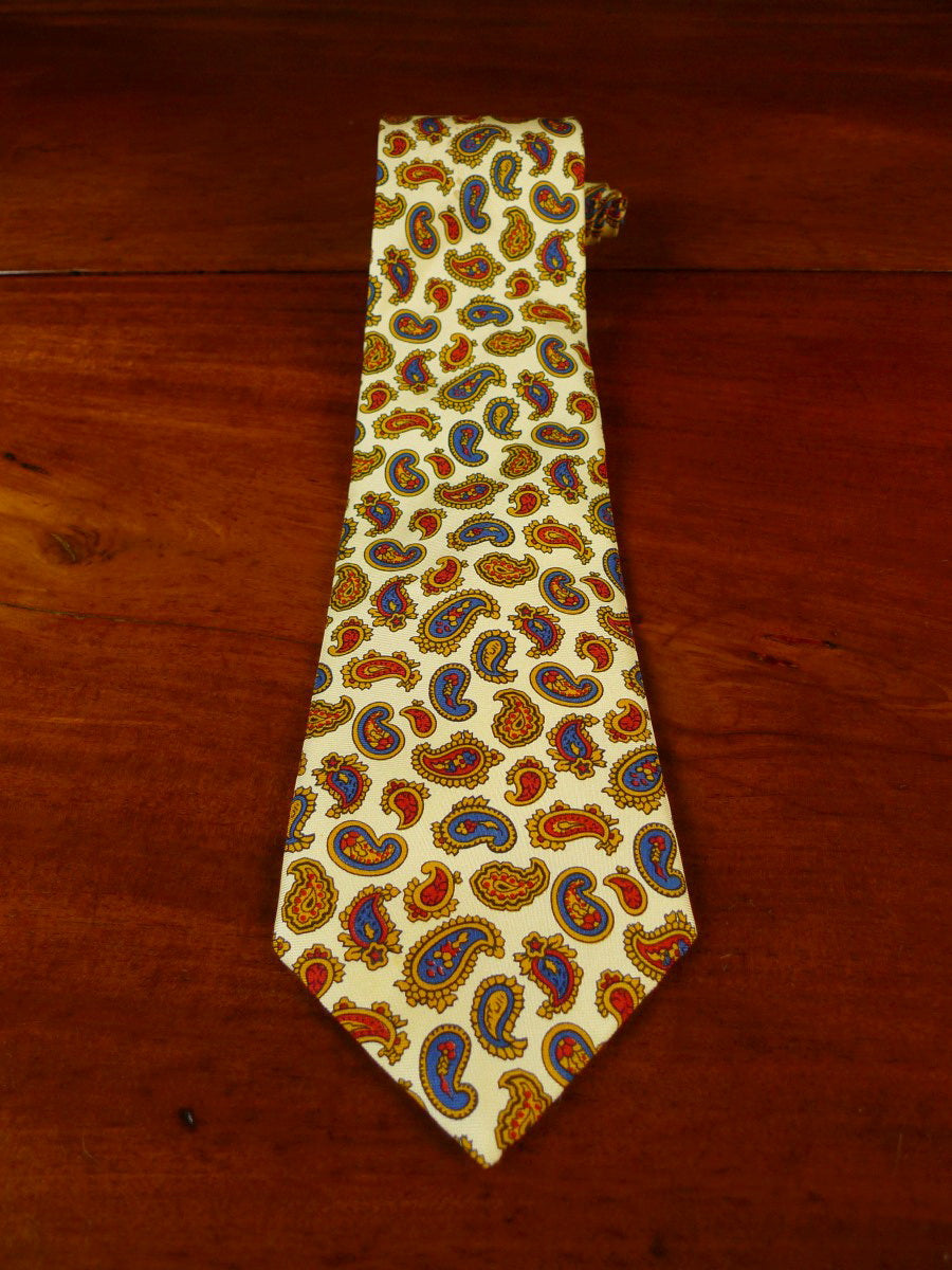 20/0928 immaculate jpress cream red paisley pattern SILK TIE