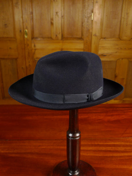 20/0927 immaculate christy's 'epsom' black fur felt racing trilby hat (rrp £125) 55cms