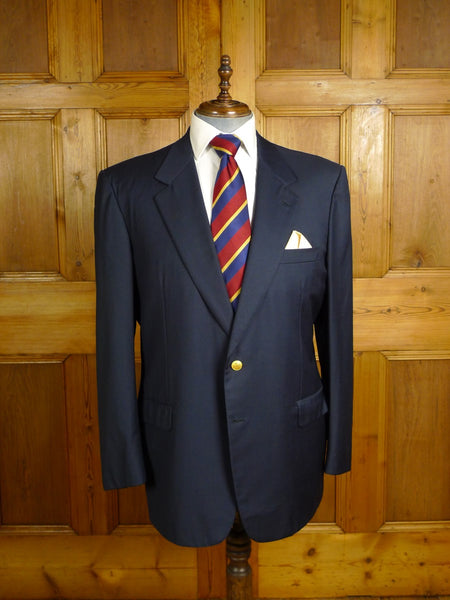 20/0968 immaculate brioni navy blue  italian fine wool blazer w/ striped linings (rrp £2000) 45-46 regular