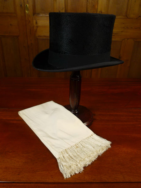 20/1080 vintage silk top hat with ivory silk evening scarf 55-56 cms