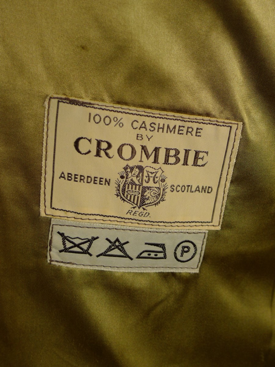 21/0046 Beautiful vintage 100% cashmere camel crombie overcoat 38-40