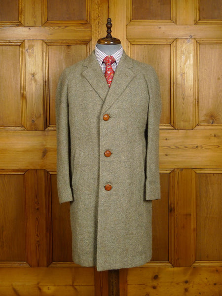 21/0099 beautiful genuine 1960s 1970s vintage green harris tweed raglan coat w/ original leather buttons 38-40