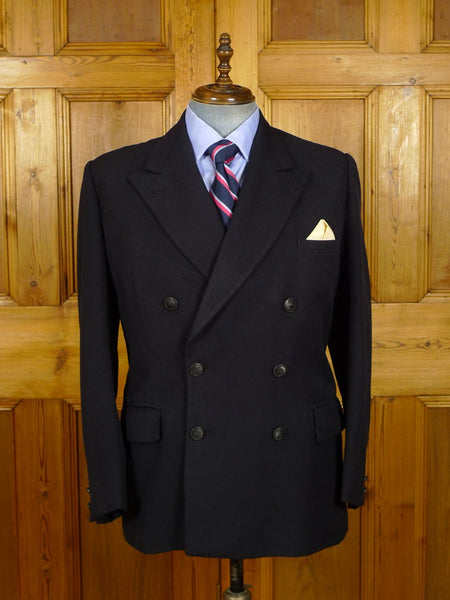 21/0212 vintage 1950s 1960s heavyweight bespoke tailored dark navy blue worsted d/b blazer w/ yacht club buttons 43 regular