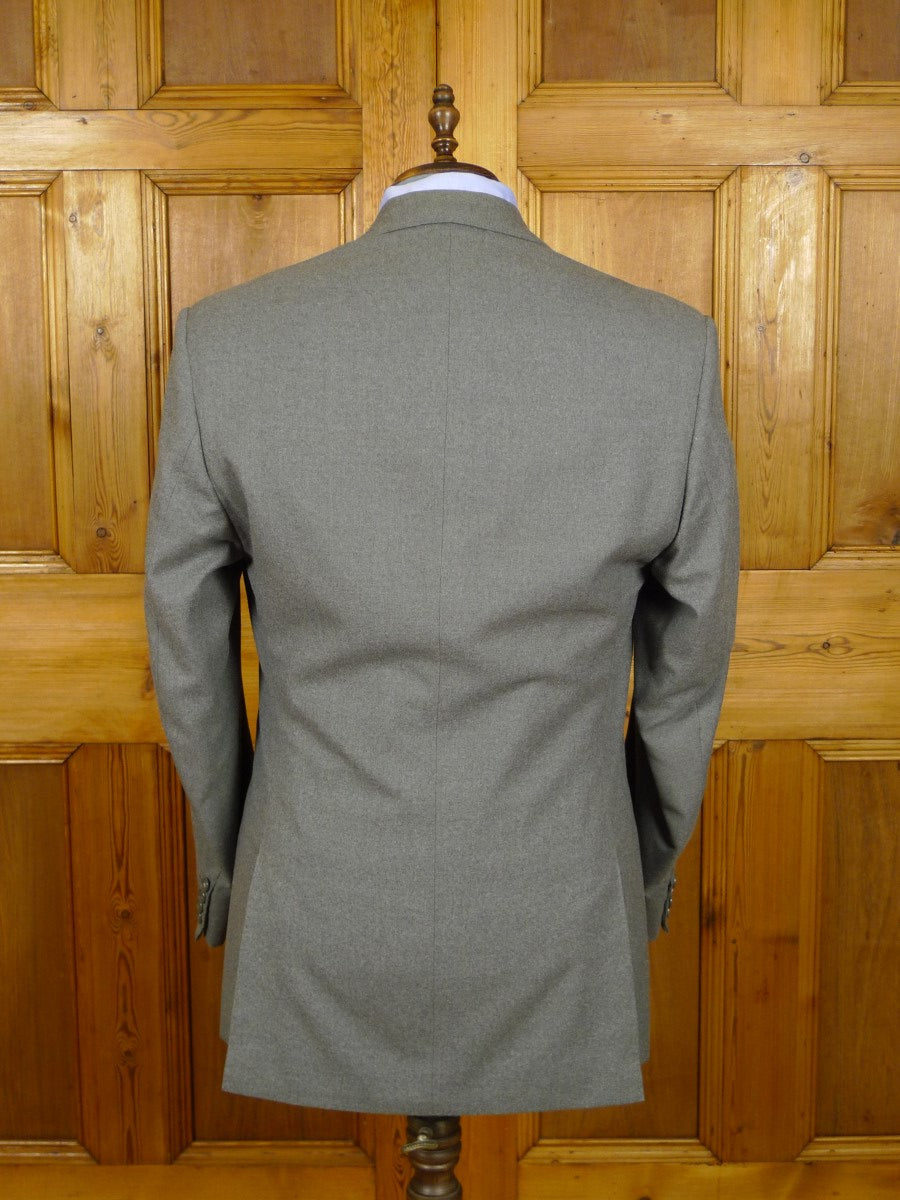 21/0215 vintage frank hall bespoke heavyweight grey worsted 3-piece suit 41-42 long