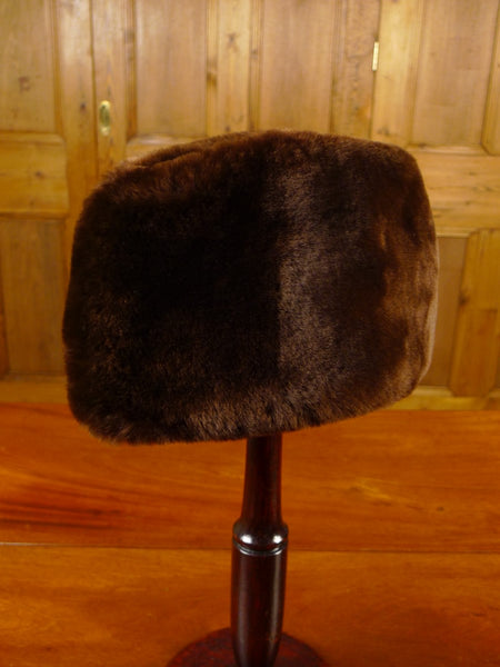 21/0342 immaculate vintage canadian beaverlamb fur hat small 55cms