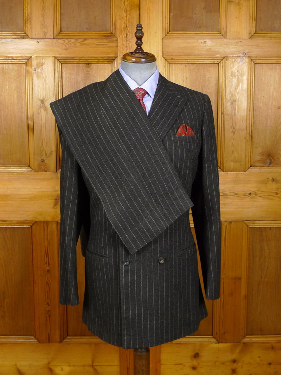 21/0357 huntsman 1973 savile row bespoke grey rope-stripe heavyweight worsted flannel suit 41 extra long
