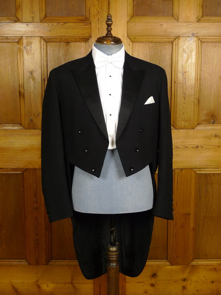 21/0374 vintage 1980s black wool worsted evening tailcoat 43 regular