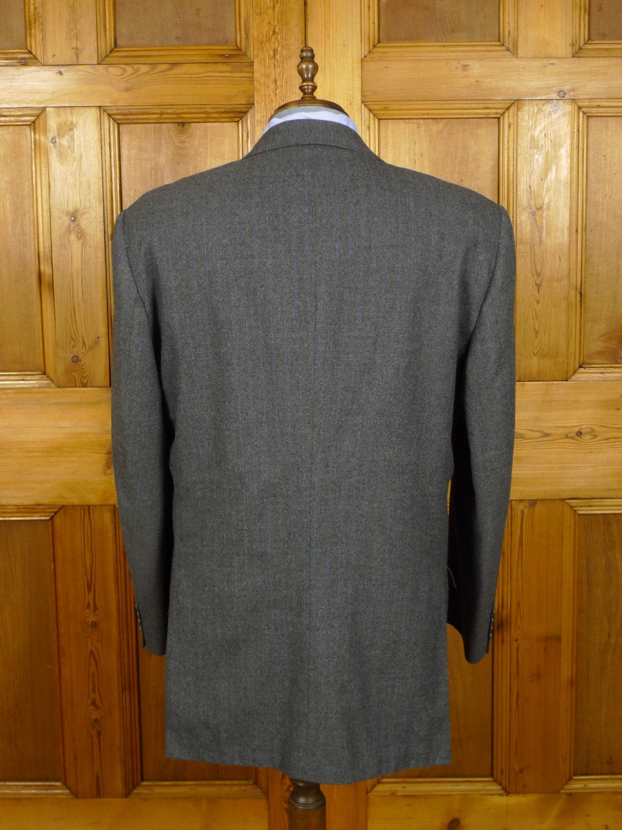 21/0463 wonderful vintage chester barrie savile row hand tailored grey / blue pin-stripe d/b worsted flannel suit 47 long