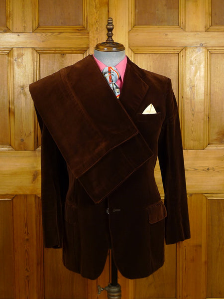 21/0519 stunning 1960s vintage savile row bespoke chestnut vintage brown pure silk-velvet lounge / evening suit w/ 2 pair trs 37-38 regular to long