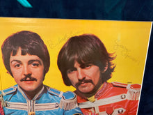 Load image into Gallery viewer, Beatles - Sgt Pepper Signed Album - Heroes Framing & Memorabilia