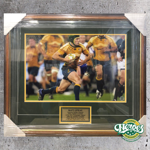 Matt Giteau Sign Rugby Photo - Heroes Framing & Memorabilia