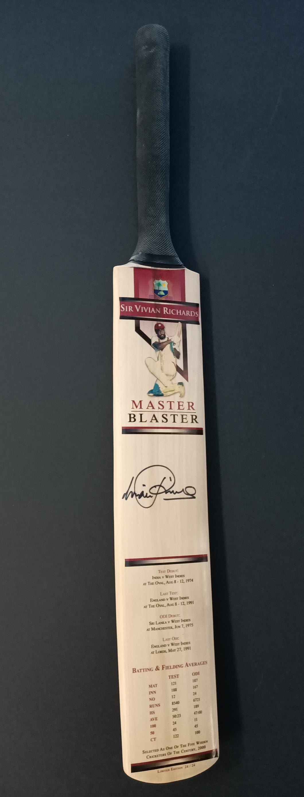 Sir Vivian Richards Signed LTD ED of 24 bat. COA - Heroes Framing & Memorabilia