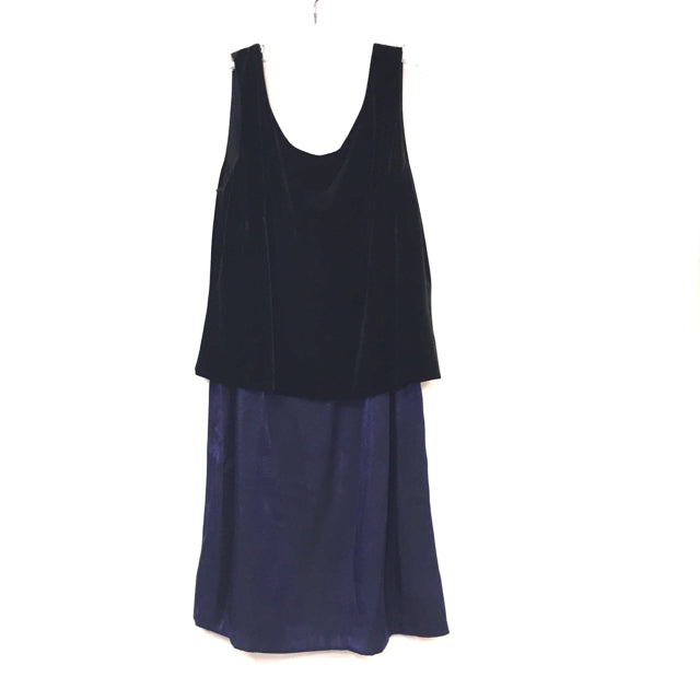 J.R. Nites Size 12- L / XL Velvet Sleeveless Dress