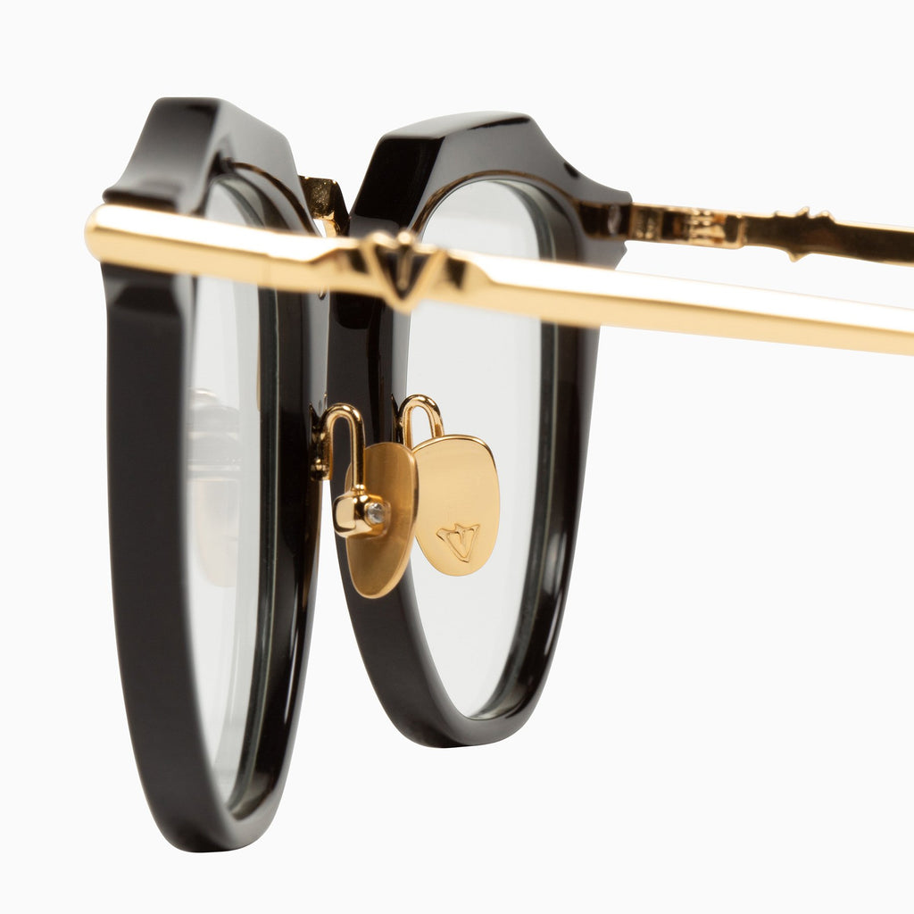 Chateau | Gloss Black w. Gold Titanium Trim / Optical