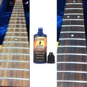 Music Nomad Fretboard F-ONE Oil Cleaner & Conditioner - 2 oz.