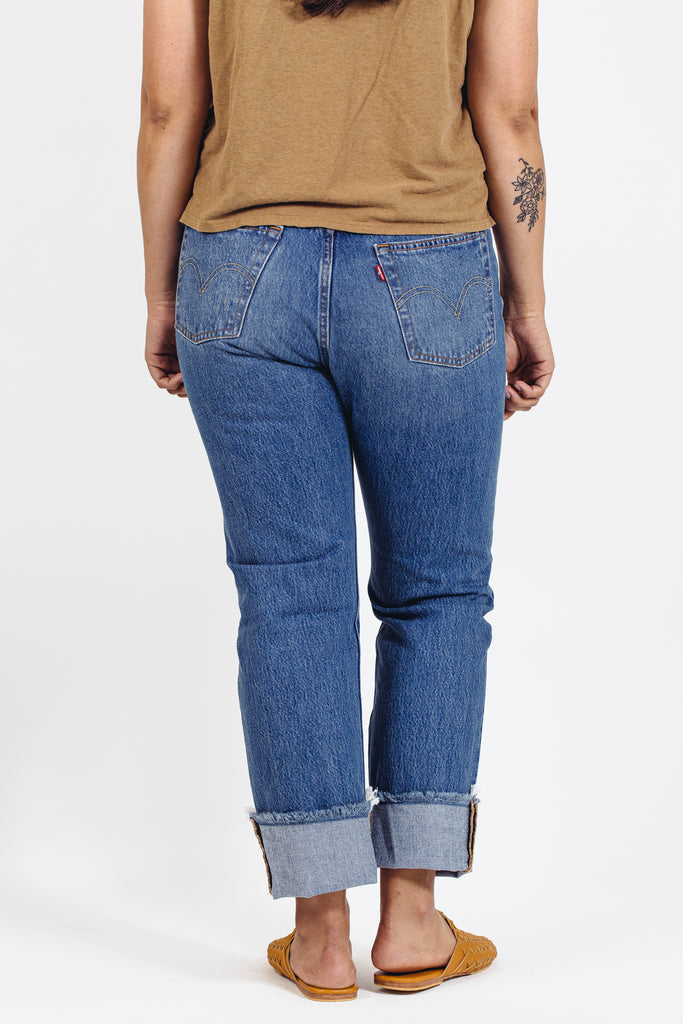 Levi's - 501 - Truth Unfolds
