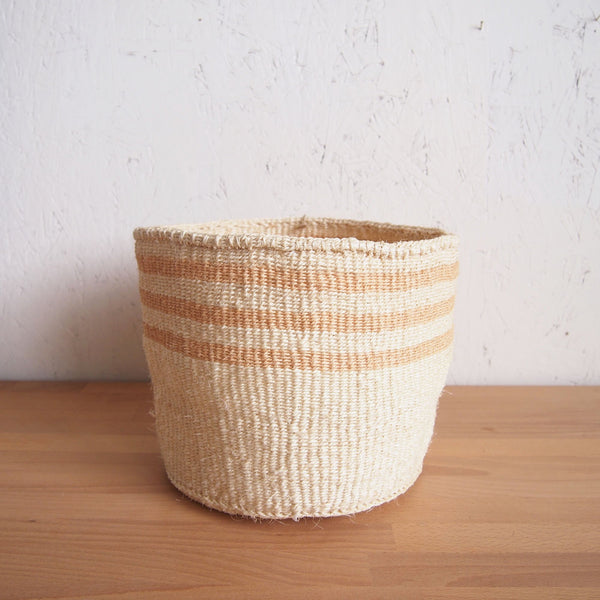 MEDIUM STORAGE BASKET: BARLEY