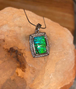 Ammolite Swirling Waves Pendant