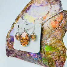 Load image into Gallery viewer, Ammolite Pendant