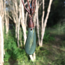 Load image into Gallery viewer, Teardrop pendant (Canadian blue jade)