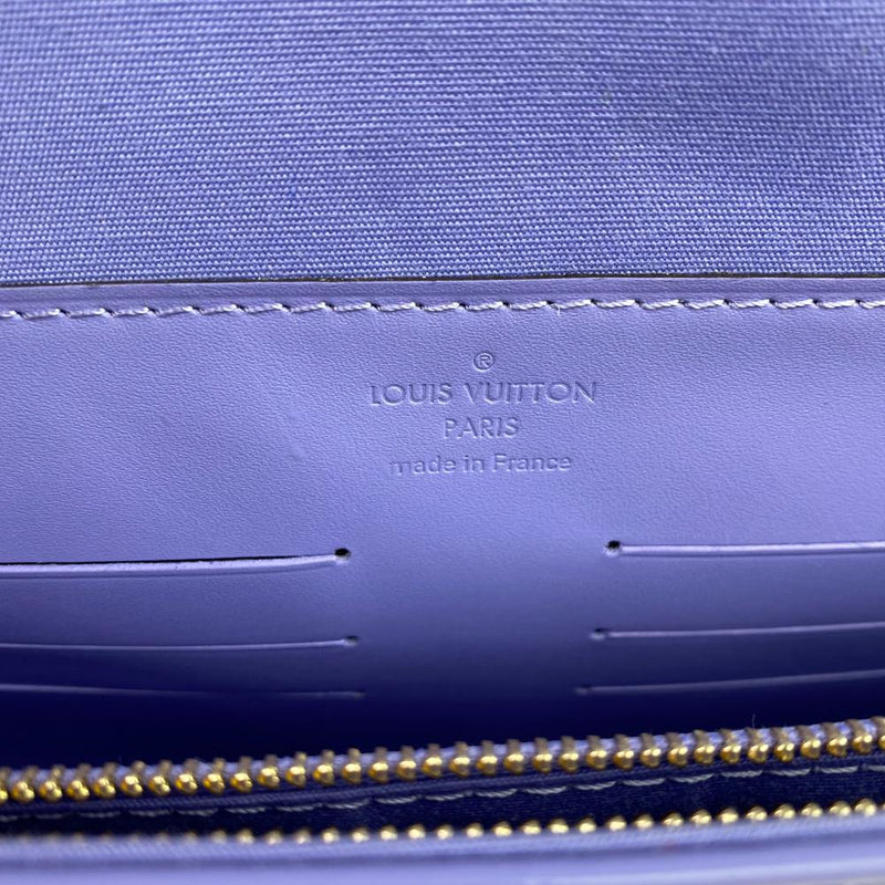 Louis Vuitton Monogram Vernis Ana Clutch Bag Lilac Interior
