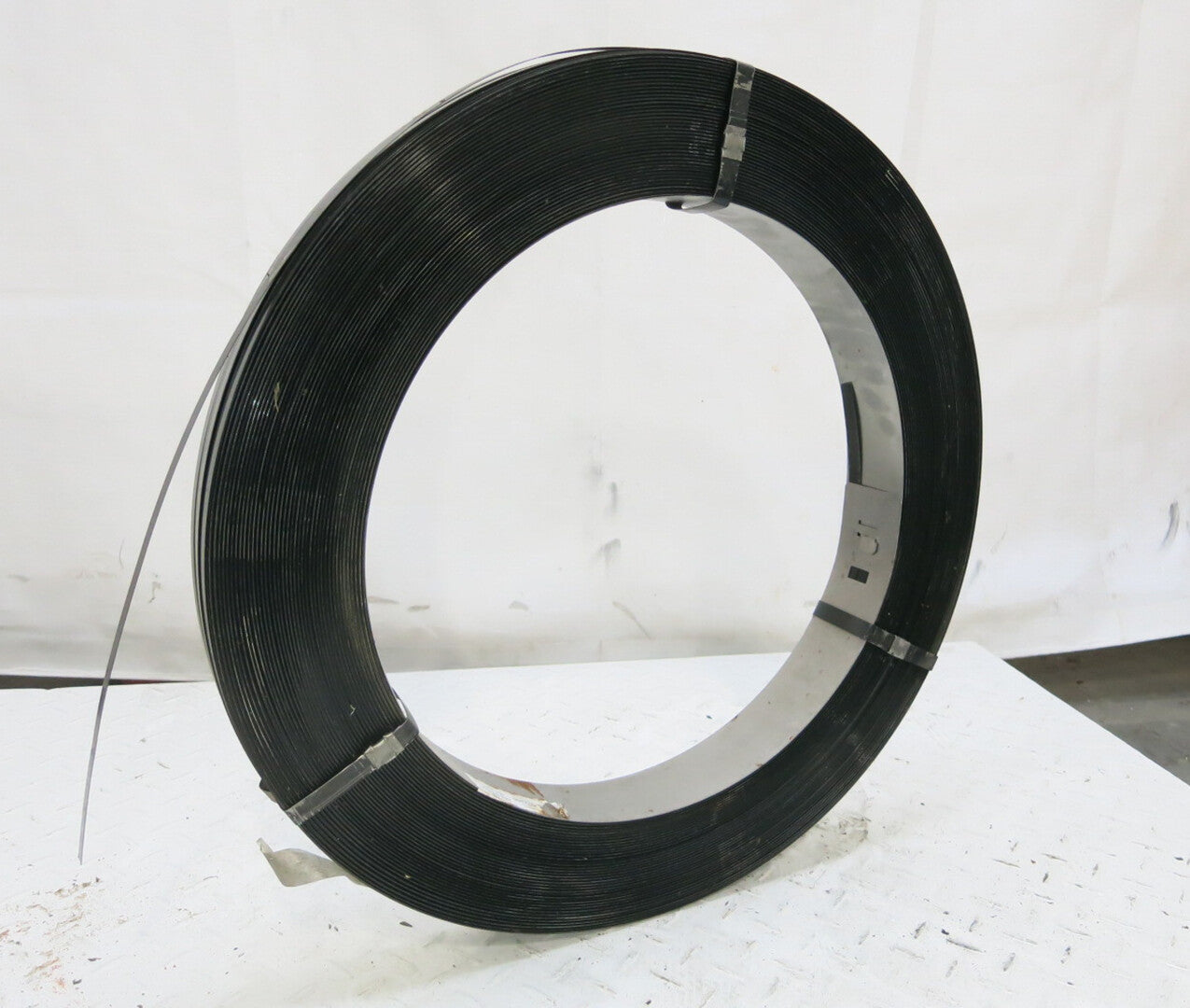 HEAVY DUTY Black Steel Strapping-Roll