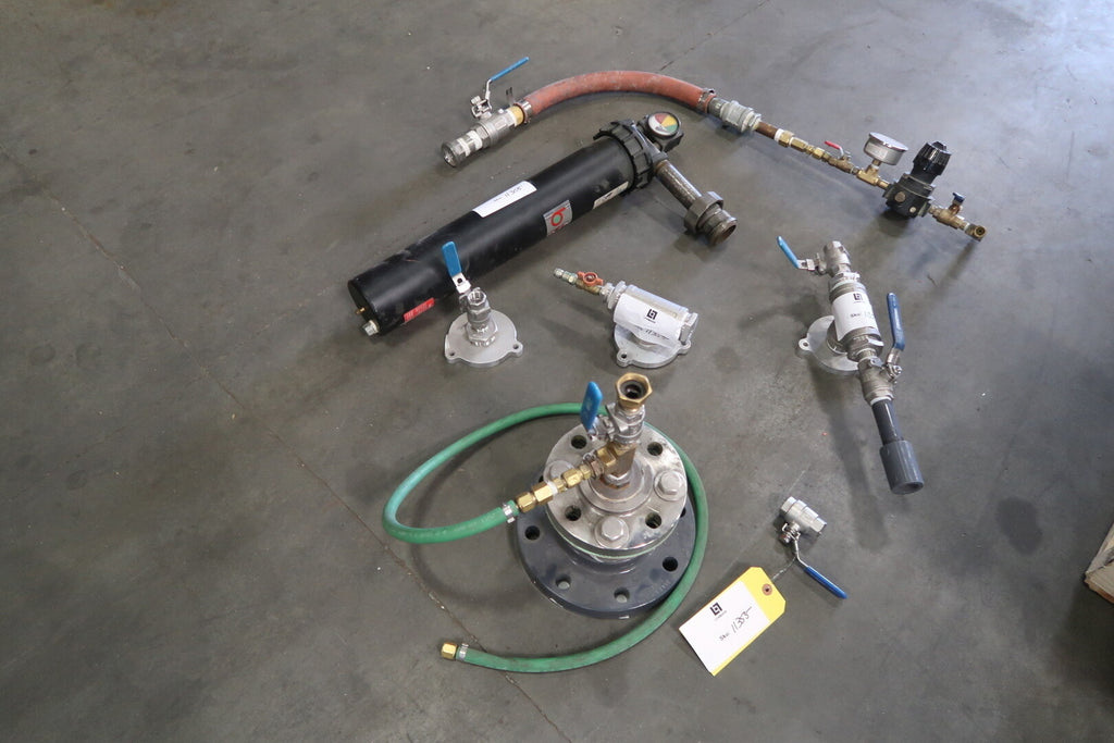 Assorted Fitting and Valves