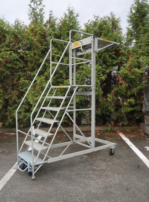 CANWAY Mobile 7-step Rolling Staircase with Handrails