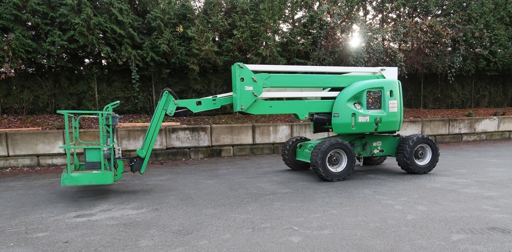 JLG 450AJ 4WD Articulated Boom Lift