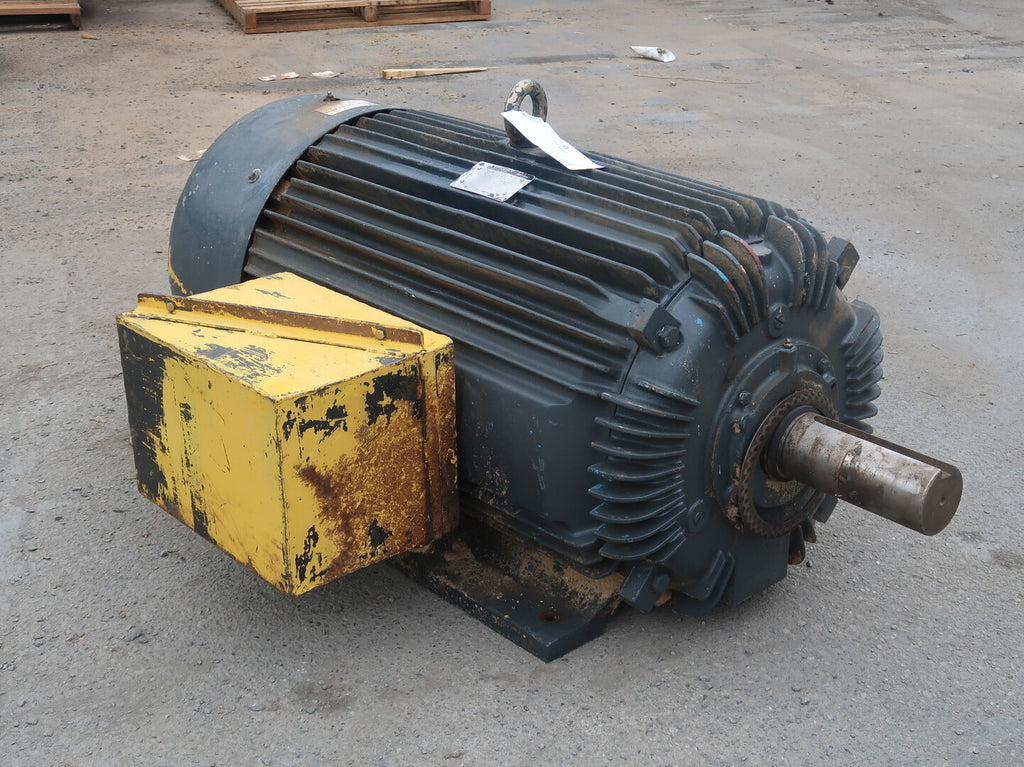 TOSHIBA 200 hp Industrial Electric Motor