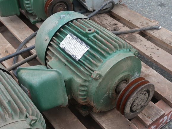 TOSHIBA 7-1/2 hp Industrial Electric Motor