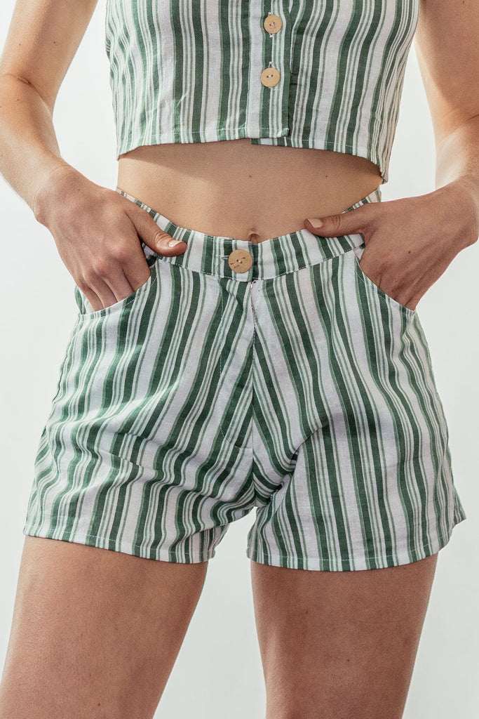 canyon high rise tailored short | mulholland green