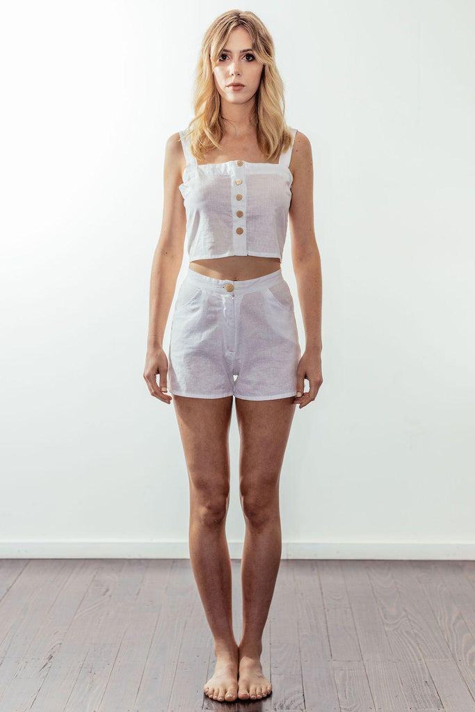 canyon high rise tailored short | white