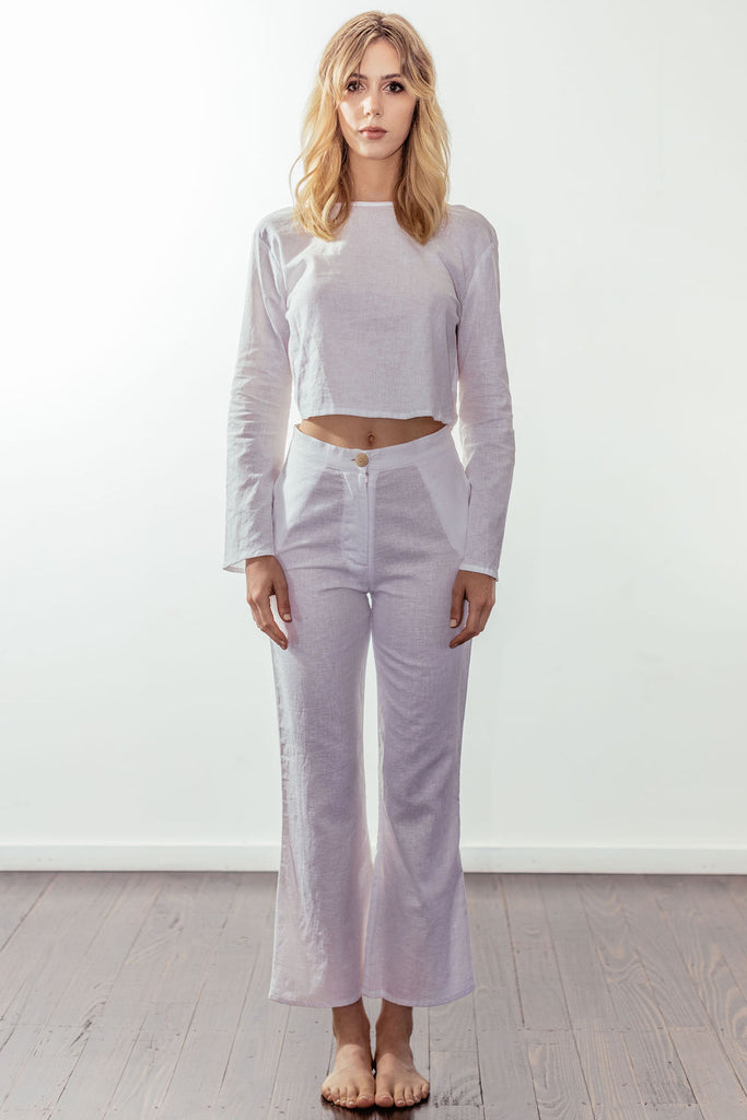 canyon classic high rise crop flare | white