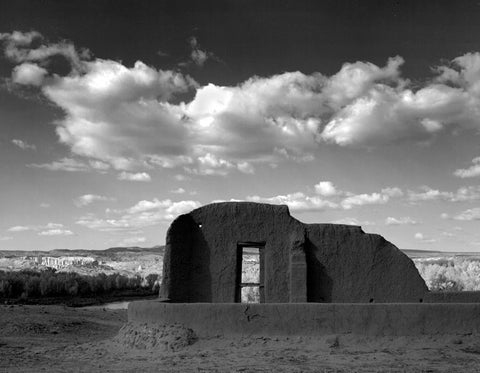 CHURCH RUIN NEAR ABIQUIU, NEW MEXICO