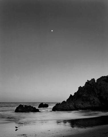 MOONSET, PFEIFFER BEACH, BIG SUR, CALIFORNIA