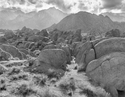 ROCKS AND MOUNTAINS, ALABAMA HILLS, CALIFORNIA