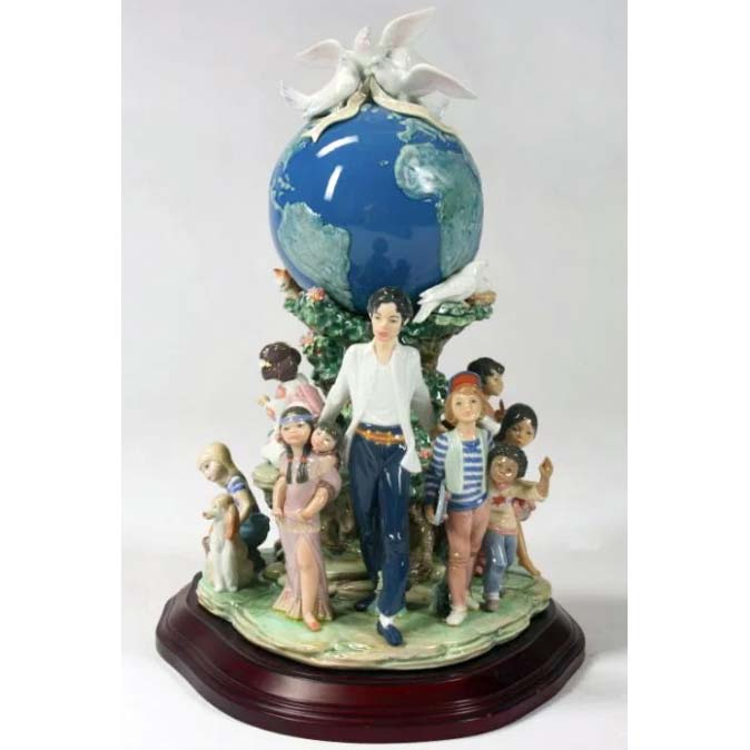 What Does Lladro Figurines And Michael Jackson Have In Common? More Than You Might Think!