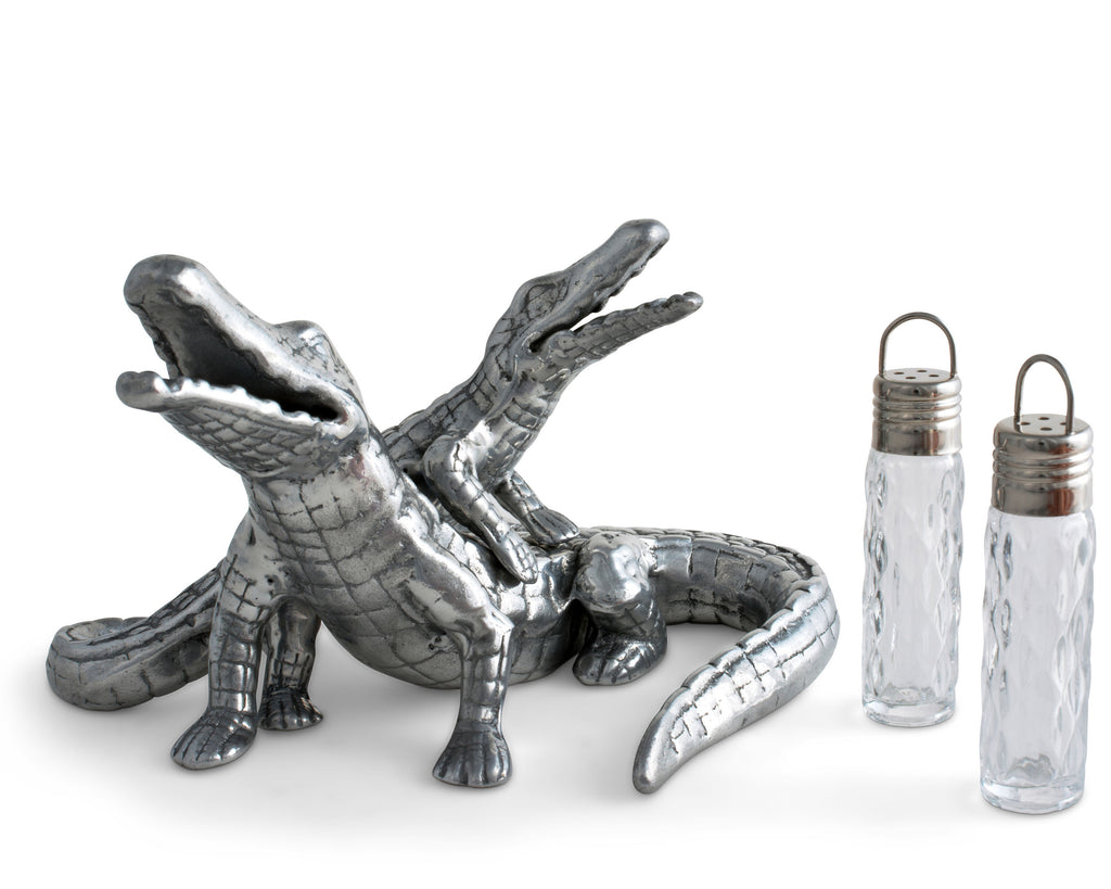 Arthur Court Alligator Salt and Pepper Set 104024