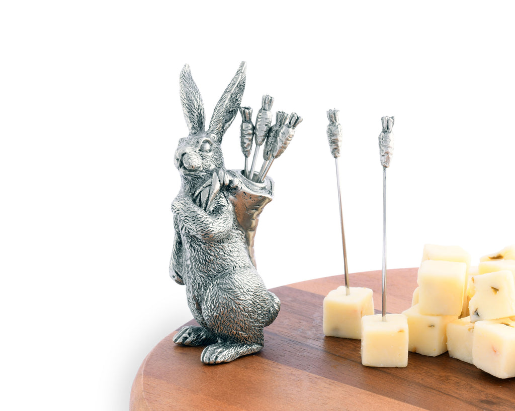 Vagabond House Garden Friends Rabbit with Carrot Picks G883RC