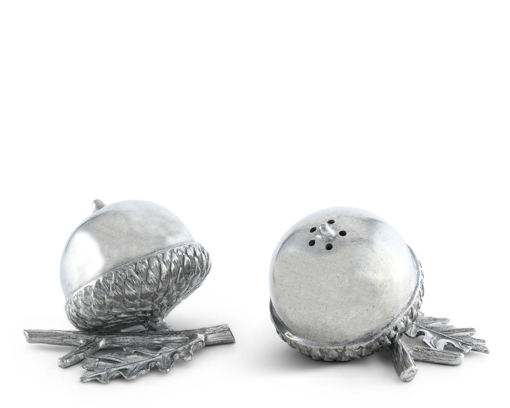 Vagabond House Majestic Forest Pewter Acorn Salt & Pepper Set L116