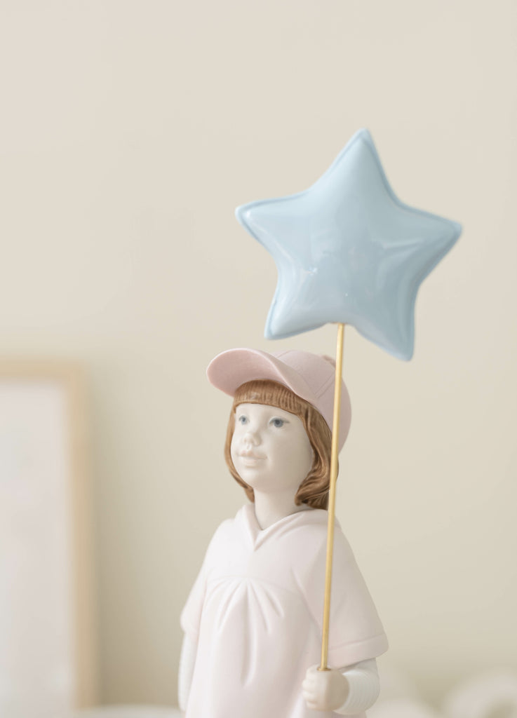 Lladro 2020 Figurine Of The Year - Follow Your Star 01009449