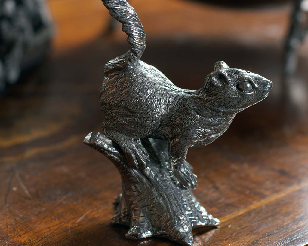 Vagabond House Woodland Creatures Pewter Squirrels on Trees Salt & Pepper Set S116T