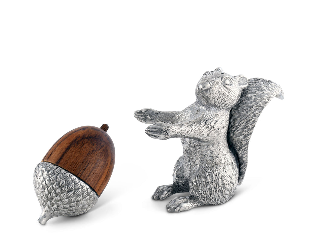 Vagabond House Woodland Creatures Squirrel with Wood Acorn Salt & Pepper Set S116W