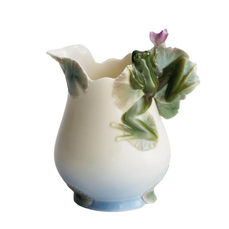 Franz Collection Frog Design Creamer FZ00175
