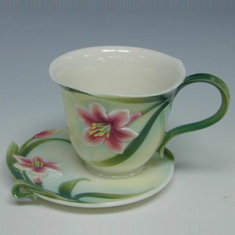 Franz Collection Lily Autumn Cup & Saucer FZ00032