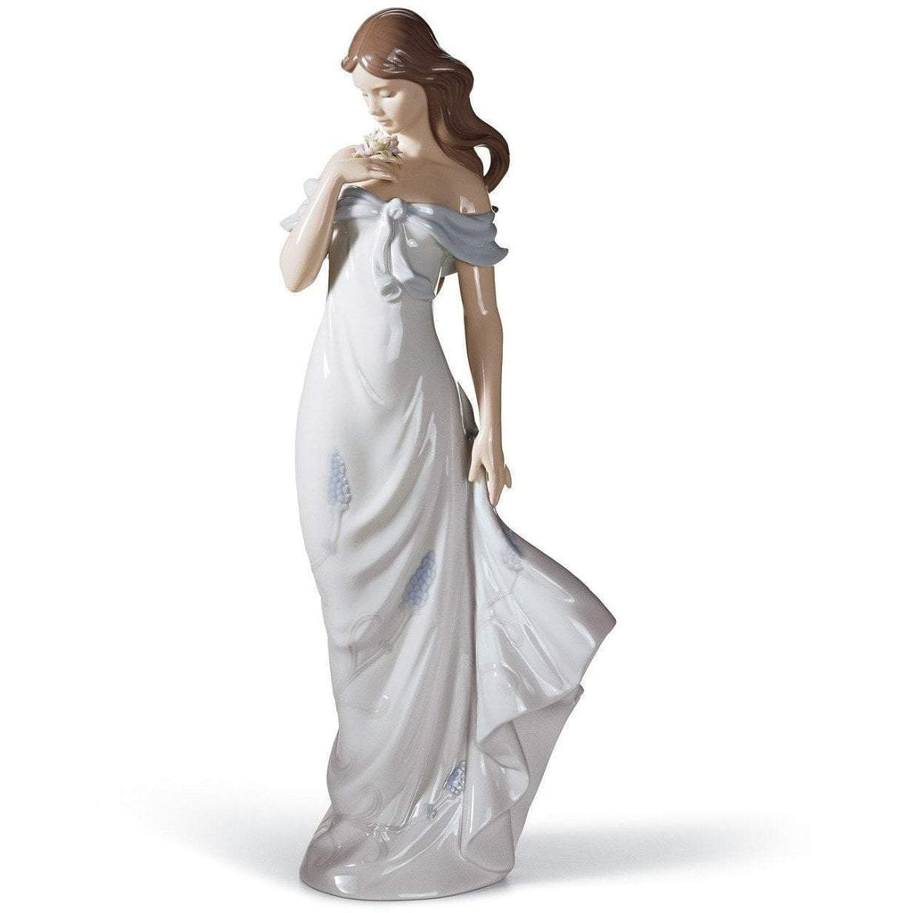 Lladro A Flower's Whisper Figurine 01006918