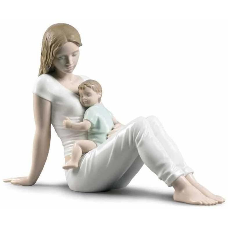 Lladro A Mother's Love Figurine 01009336