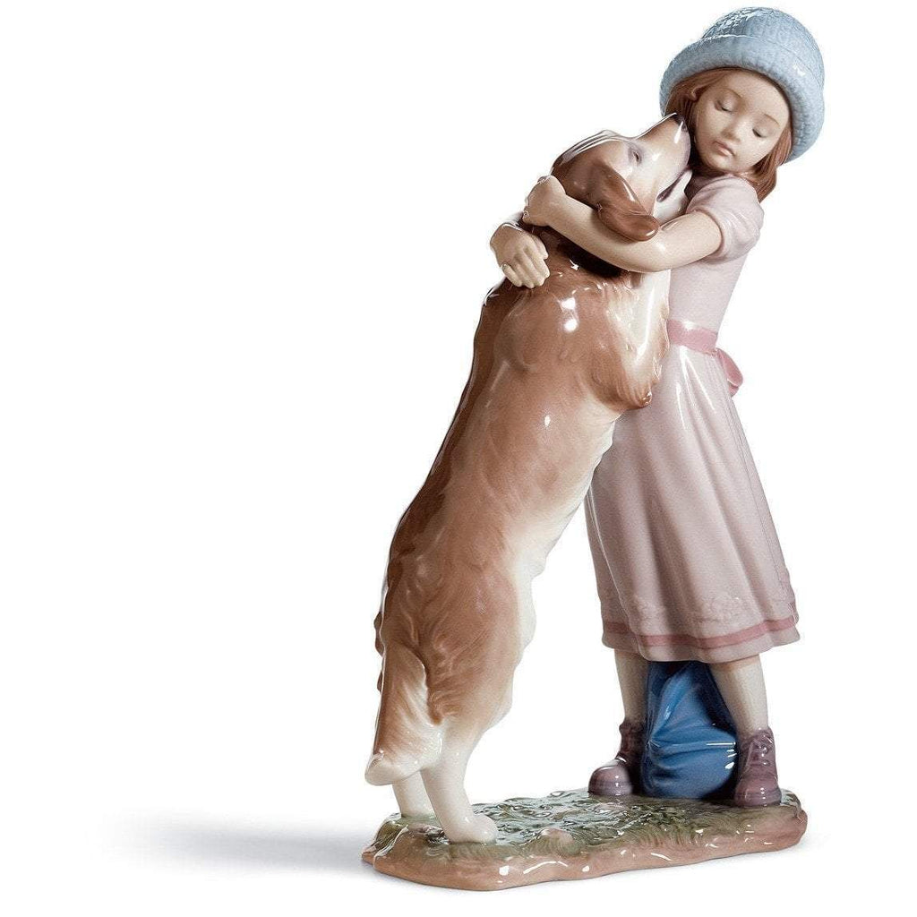 Lladro A Warm Welcome Figurine 01006903